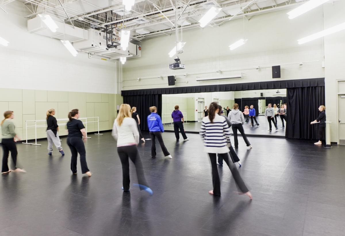 Bridgewater State University Dance Studio Lda